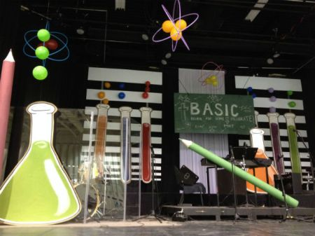 science vbs decor